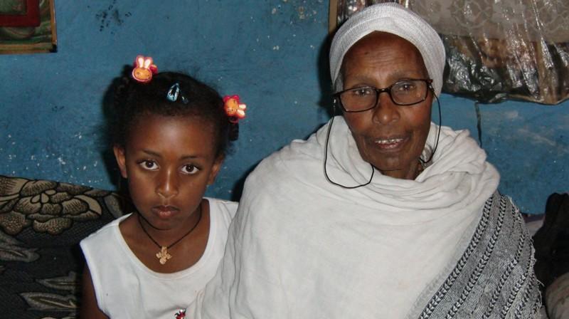 2012 Amenu Familie Grossmutter Lakesh Enkel Mariamawit