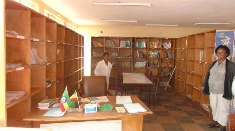 2012 - Fasil Schule: Bibliothek