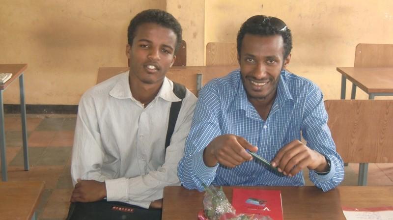 2012 Fasil Schule: Computerklasse, Vorstellung der Computerlehrer