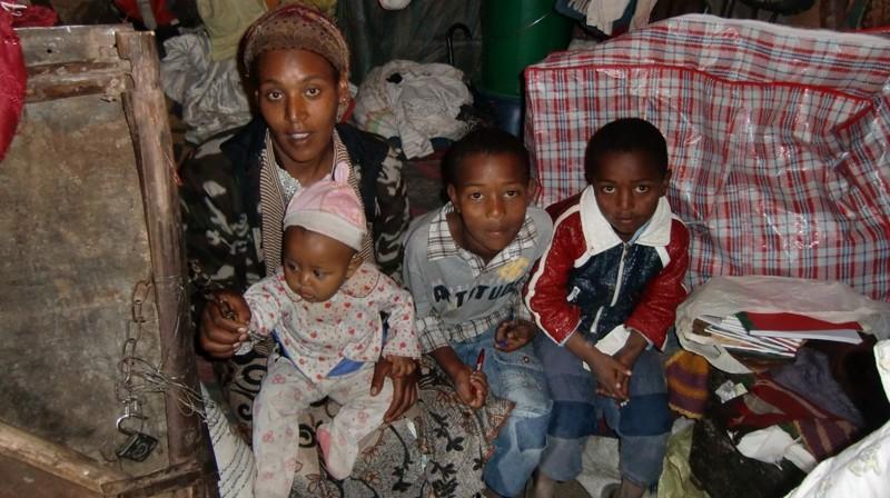 2012 Mutter-Abenet Soehne-Muluken-Alemayehu-Hjabsra Tochter-Seritu