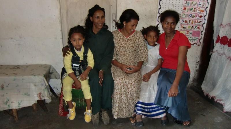 2012 Tochter Kalkidan Mutter Belaynesh Verwandte Nichte Haregeweyn Schwester Yalemwork