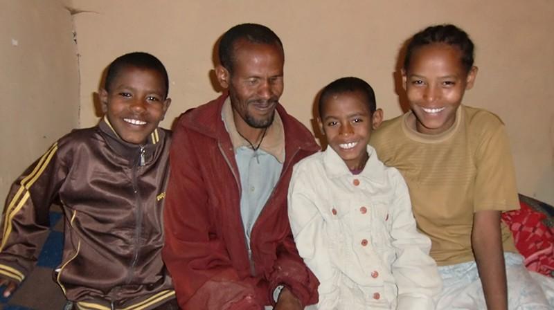 2014 Sohn Endalew, Vater Ayalew, Tochter Zebider, Sohn Befekadu