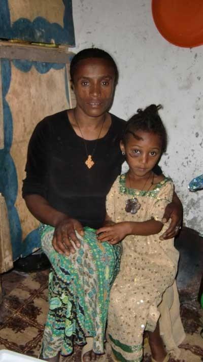 2014 Mutter Zenash und Tochter Mehret