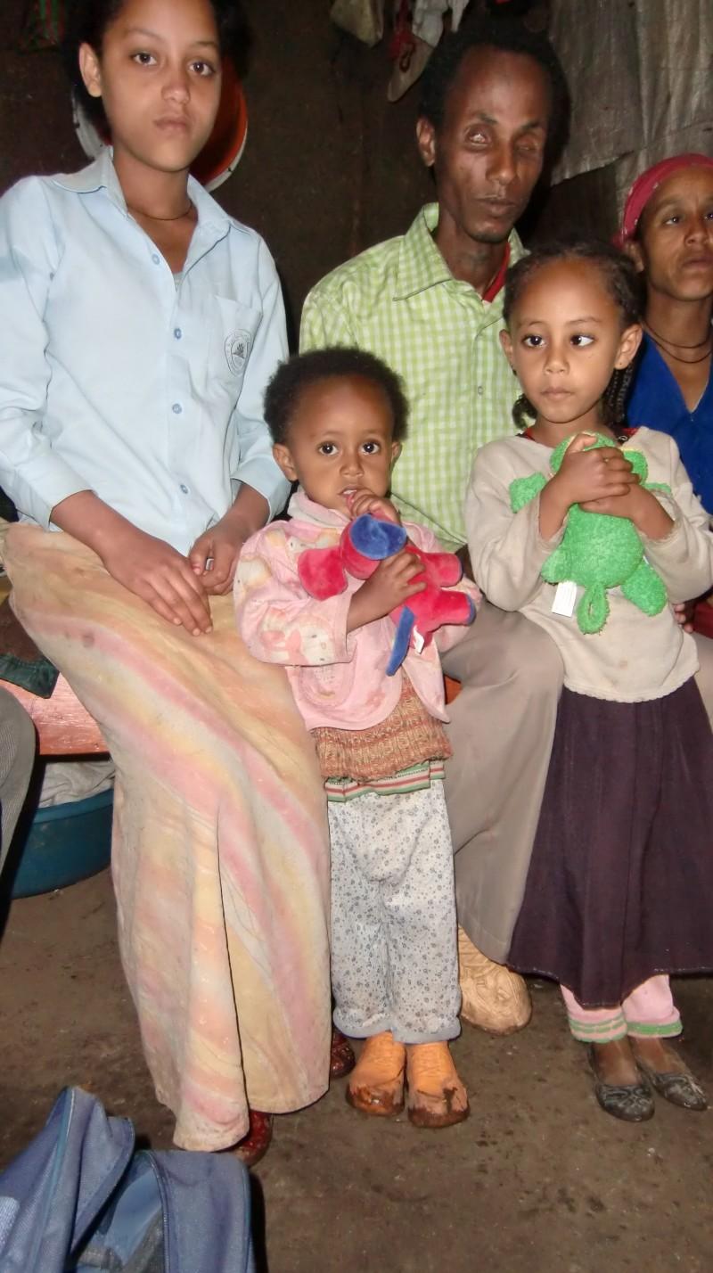 2013 Emebet, Samrawit, Vater, Hanna, Mutter