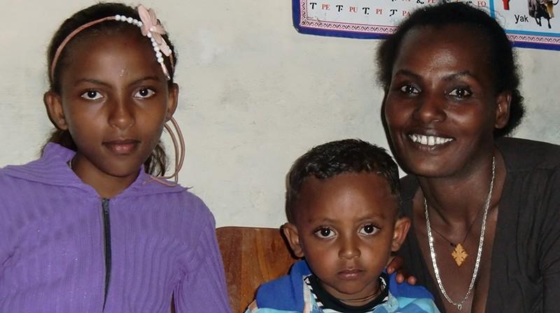 2014 Tochter Hermela, Sohn Leuel, Mutter Abebech