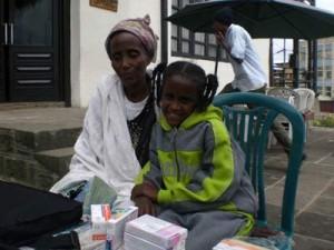 Kalkidan Araya mit ihrer Mutter - 2009