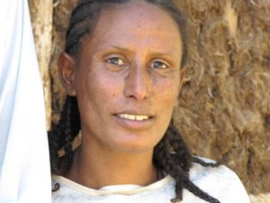 Zerkalem (33) HiV positv, Mutter von Habil