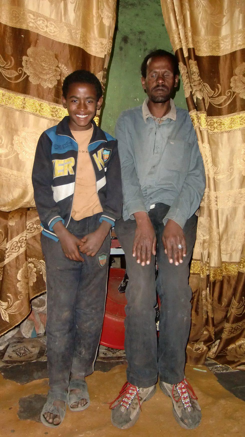 Dez. 2017 - Vater mit Sohn Befekadu (2)