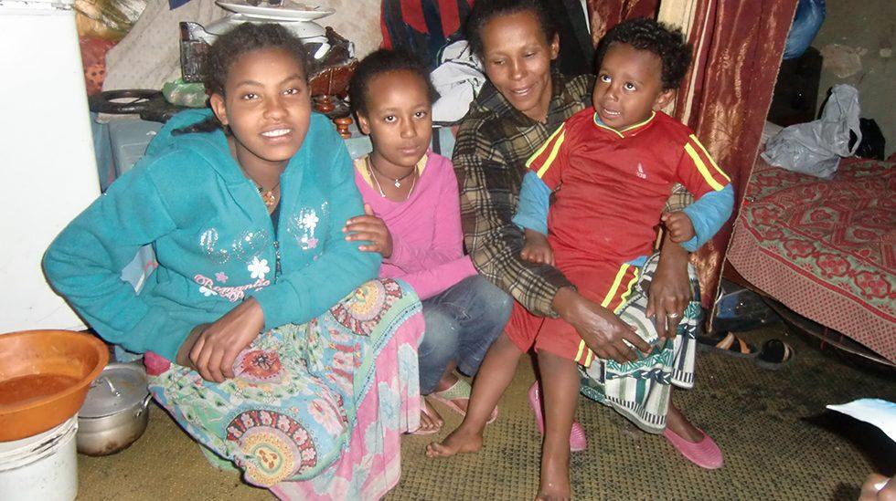 2017 - Nichte Haregeweyn, Tochter Kalkidan, Mutter Belaynesh mit Sohn Benyam