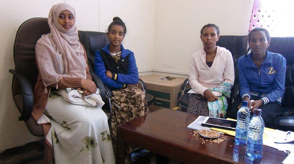 Dez. 2017 - Vier der fünf seit Dezember 2017 geförderten Studentinnen an der Universität Debre Birhan. Merewa Salh; Hamelmal Worku, Besnt Alagaw und Betelhem Alemu