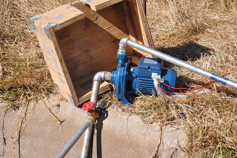 Dez. 2017 - a: Die Wasserpumpe ist bereits im Einsatz...