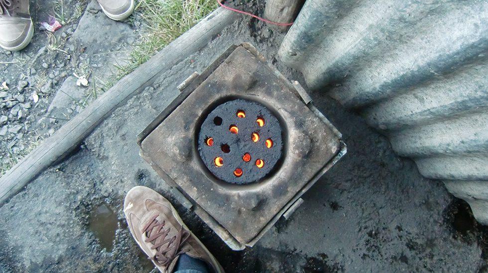 Dez. 2017 - Briketts aus Abfallprodukten verbrennen Rauch- und Rückstandsfrei in den passenden Öfen